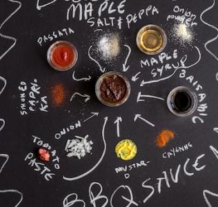 {Guest Post//Recipe} Paleo Balsamic-Maple BBQ Sauce