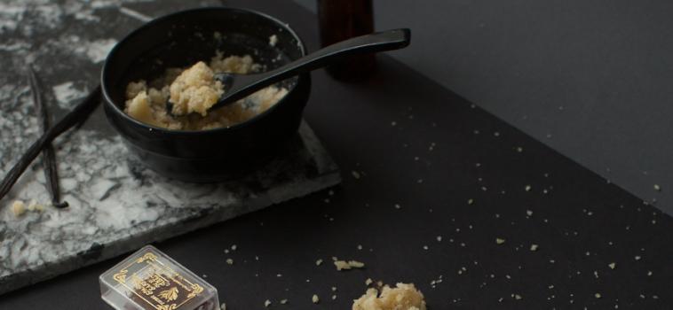 {Recipe} Vanilla Saffron Coconut Body Scrub